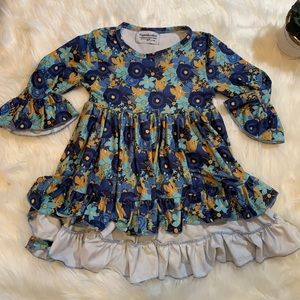 Pipperdoodles brand high low top size 3T flowers